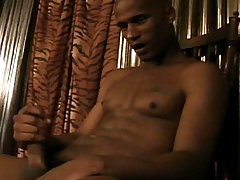 Black dude jerking off his big black cock for the camera !