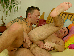 The pizza boy doesn't bend over for anyone, but he doesn't mind ramming a gay hottie.